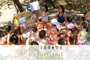 Domani – 4 agosto – secondo appuntamento estivo del progetto di educazione ambientale TARTLAND presso lo stabilimento balneare Posto9, insieme ai ragazzi per la festa di fine ciclo della Colonia Estiva Comunale di Maruggio (Ta)